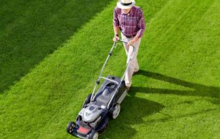 Find the best lawnmower at Canmore Home Hardware.